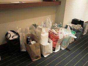 会員の協力により、今回もたくさんの持ち寄り品が集まりました