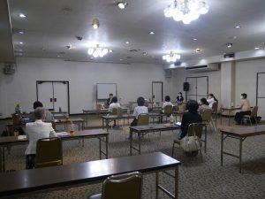 ソーシャルディスタンスを守って開催  於:護国会館